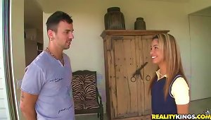 Cute Latina Teen Veronica Rodriguez Banged By The Masseuse's