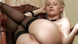 Callow Janelle Making Bigger In Stockings