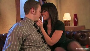 Nipple  And Strapon Fucking In  Pegging Vid With Penny Flame