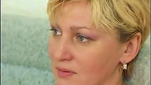 Mature Mom Loves Cock In Her Asshole Troia Culo
